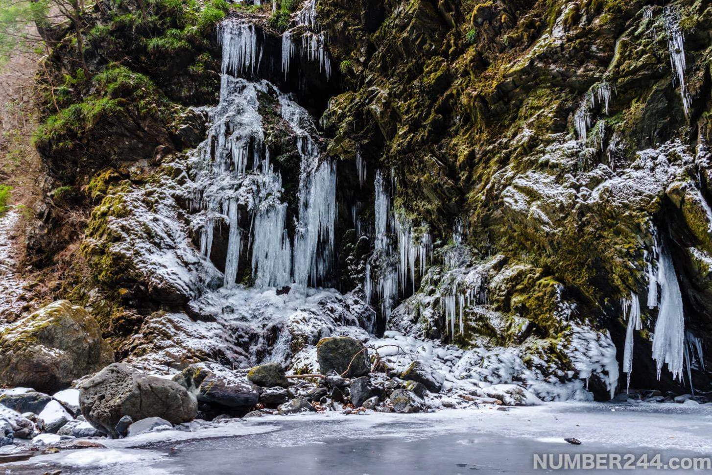Jintsu waterfall icefall 3