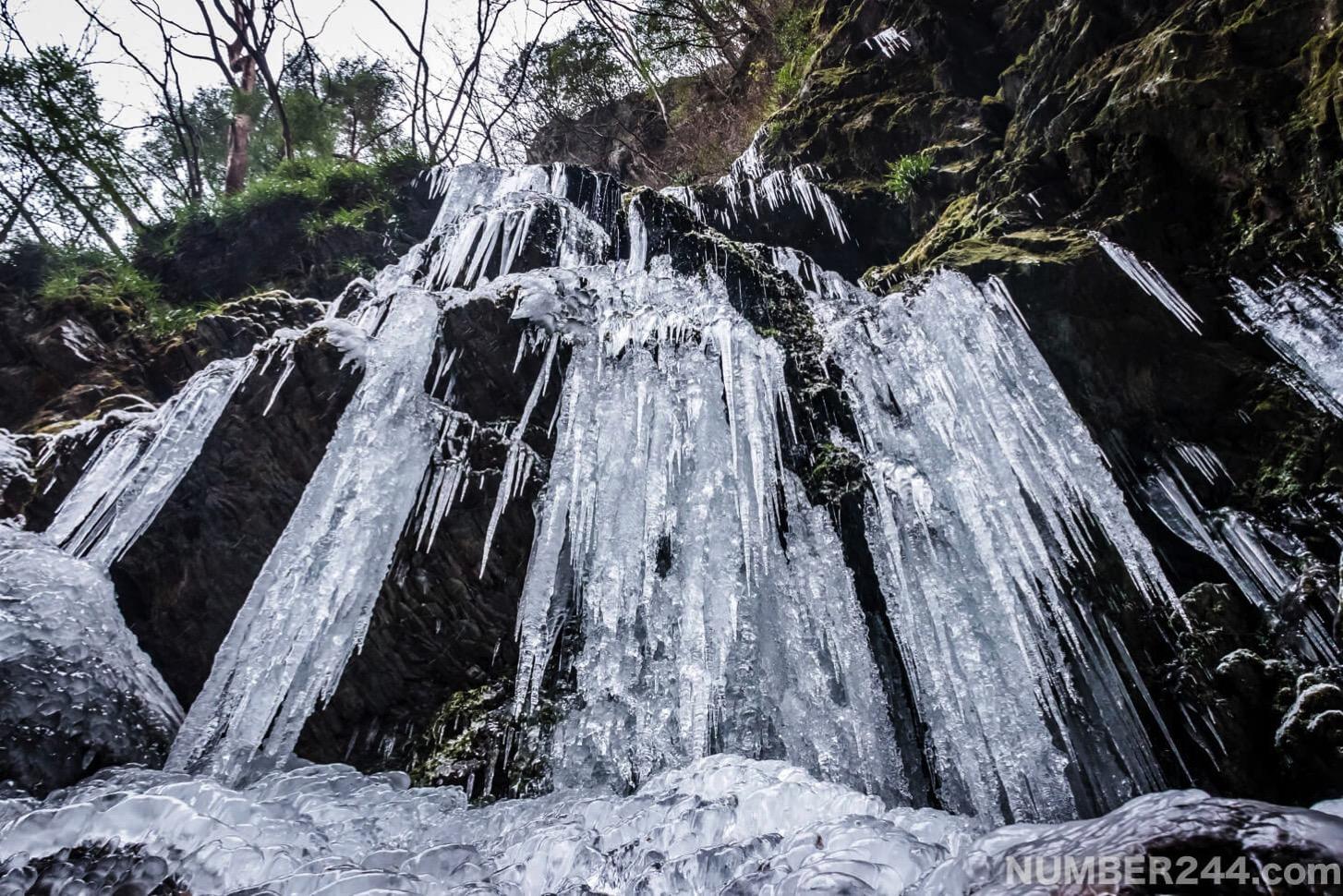 Jintsu waterfall icefall 6