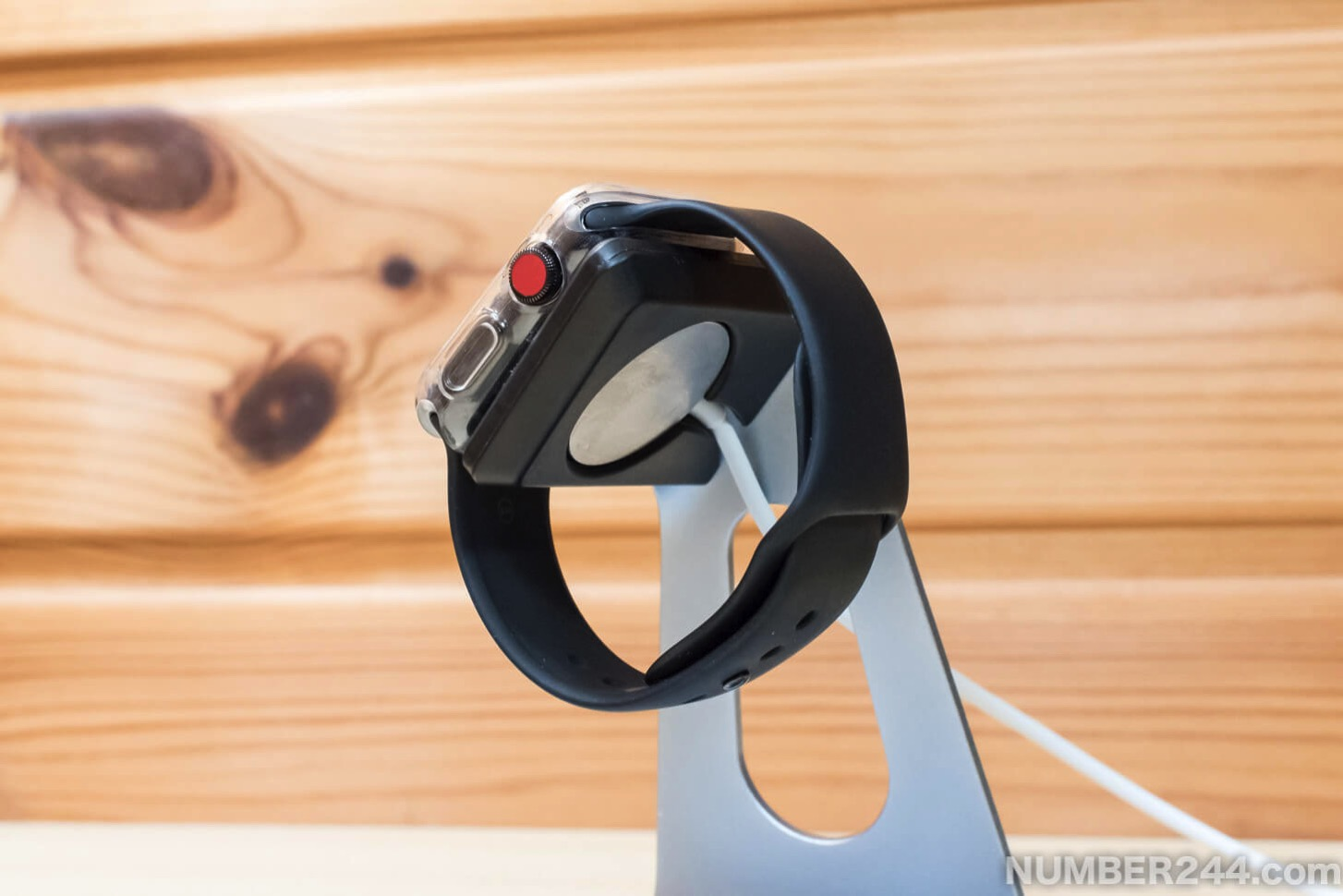 Moobom Apple Watch stand8